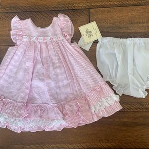 Baby bundle. Includes 4 outfits.